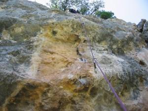 Kurz und knackig: Vall mastaet, 6a+ mit deutlich schwereren Anfangszügen im oberen Sektor Tartareu.